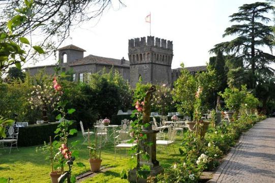 castello-di-tor-crescenza-sequestrato-dalle-fiamme-gialle_818603